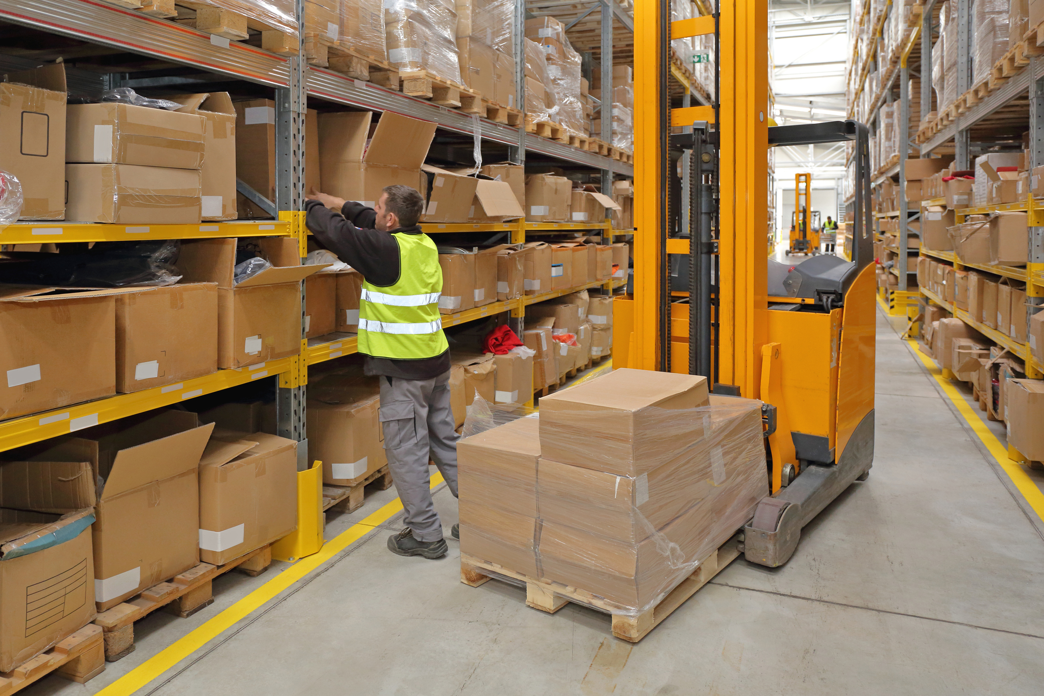 Should You Outsource Fulfillment? Things to Consider